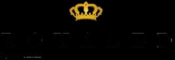 Royaled By Renad Hefni Logo